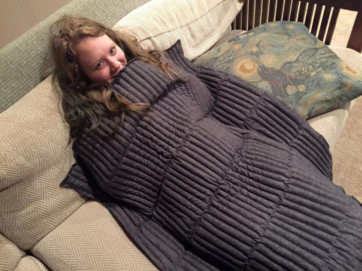 DIY Stress Reducing Weighted Blanket