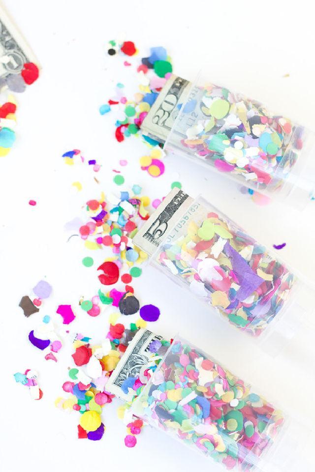 Surprise Money Confetti Poppers