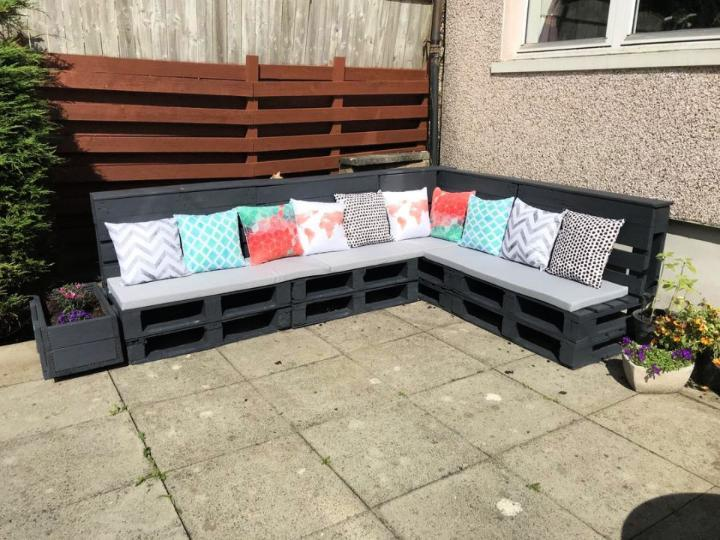 The Perfect Outdoor Couch