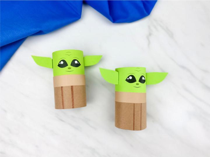 Tissue Roll Baby Yoda Craft