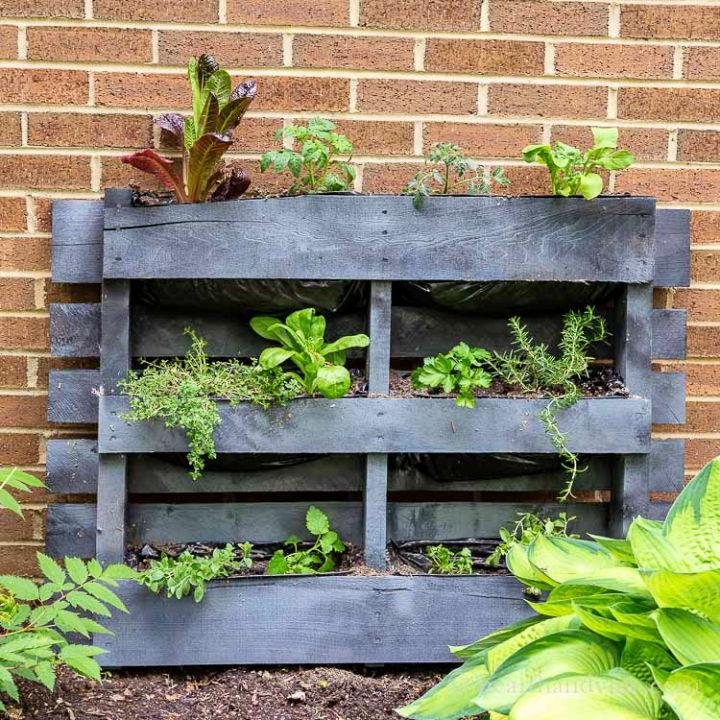 Turn A Pallet Into A Planter